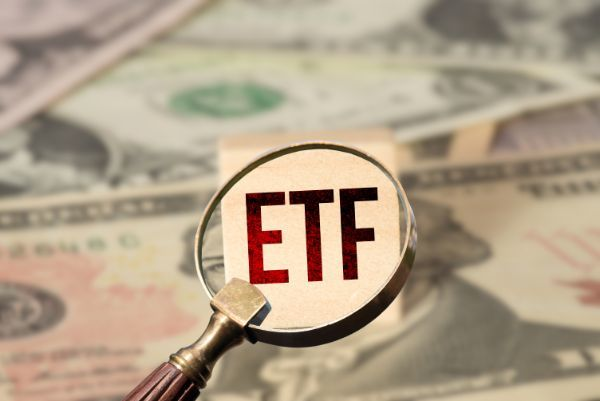 3.一般NISAで海外ETFを買うメリットとデメリットは?