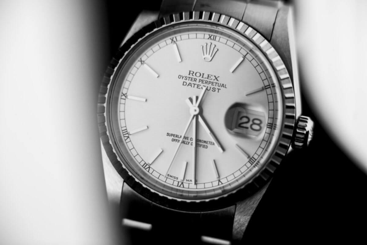 buy popular d3800 7a435 40代におすすめの腕時計ブランドは?ロレックス、カルティエが2 ...